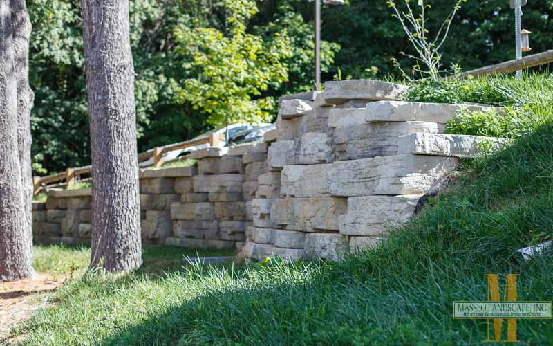 A Rosetta Outcropping concrete segmental retaining wall in New Paltz, NY.