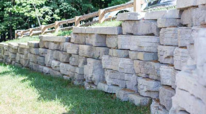 A Rosetta Outcropping retaining wall.