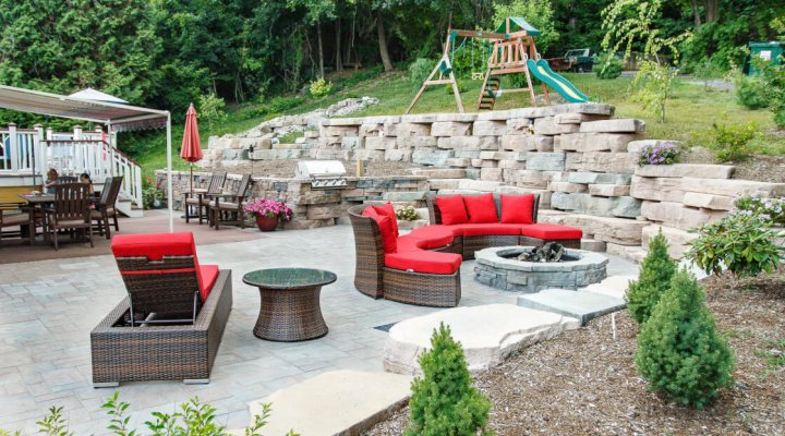 With Spring Upon Us Many Homeowners Are Beginning To Plan Ways For Their  Family And Friends To Enjoy The Warmer Weather. Outdoor Living Is A Trend  That ...