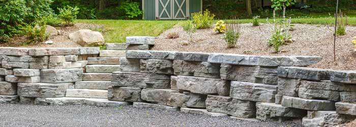Rosetta Outcropping designed and installed by retaining wall contractor, Mark Masseo